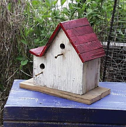 redroofswoopbirdhouse.jpg